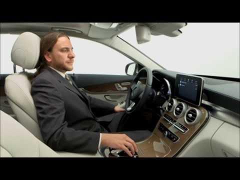 Apple CarPlay Demonstration - Mercedes-Benz 2015 C-Class