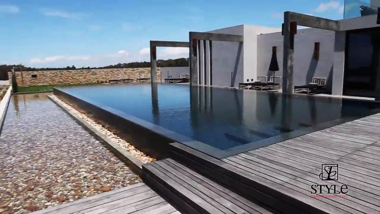 style trendy elegant hotels areias do seixo charm hotel. Black Bedroom Furniture Sets. Home Design Ideas