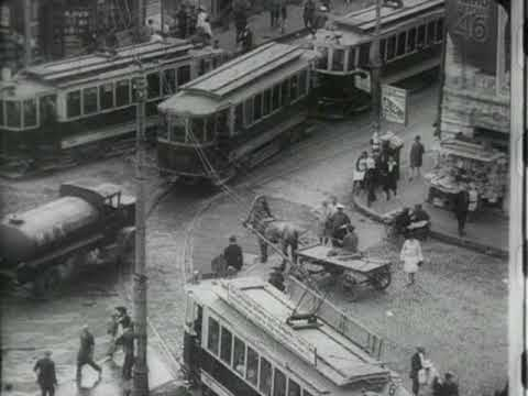 Cinematic Orchestra - Awakening of a Woman (Man with a Movie Camera, Dziga Vertov, 1929)