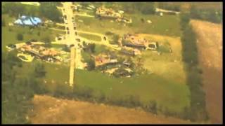Raw: Texas Gov. Flies Over Tornado Damage