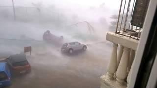 Dangerous Rain And Cyclone Vardah In Chennai And Thamilnadu, india 2016