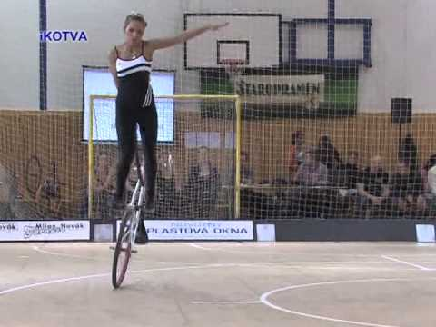 Acrobazie in bici