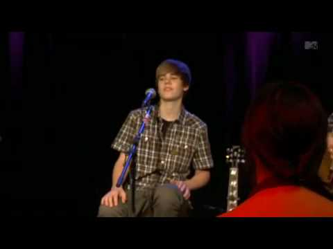 Justin Bieber - That Should be Me (Live) @ MTV