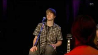Justin Bieber - That Should be Me (Live) @ MTV