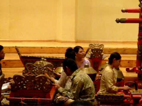 19 mayo 39 09 m sica y danza tradicional de indonesia sala for Sala ollin yoliztli