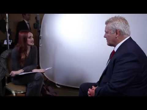 Alexandra Evans meets Warren Gatland