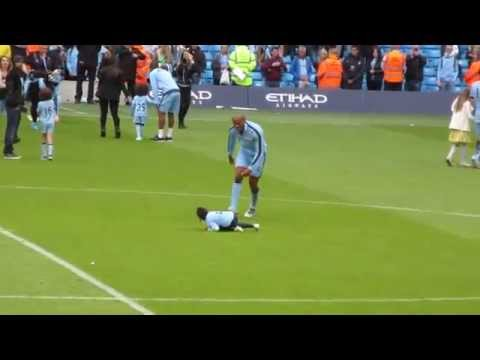 Vincent Kompany taking out his daughter with a slide tackle [HD]