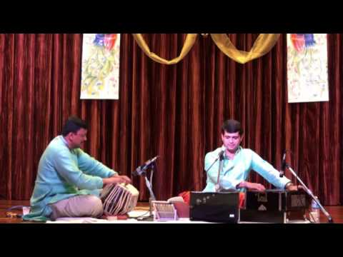 Ganesh Desai  Marathi Bhajan Vitoo video