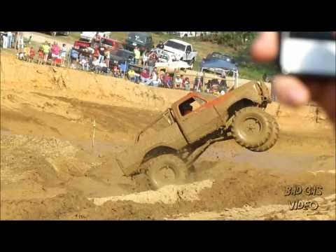 MUD TRUCKS GONE WILD