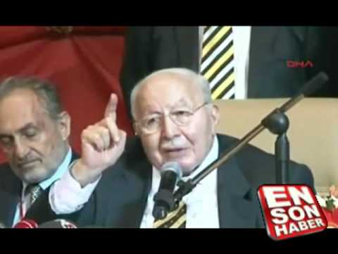 Erbakan Hoca fakirlerden bahsederken gözleri doldu...