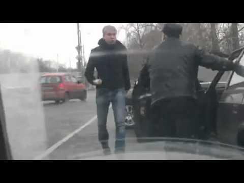 Разборки на дороге с участием Светлакова [видео]