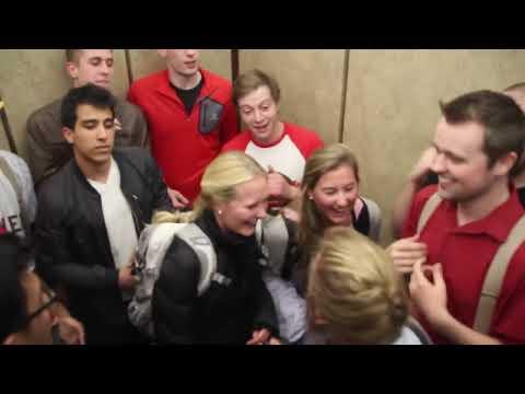 A cappella Elevator Flash Mob