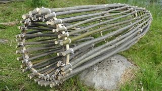 Primitive Survival Fish Trap. (FISH CAUGHT)
