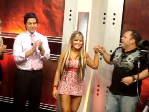ADR Mazizo y  Lilian Ruiz en el cierre de  Algo Anda Mal
