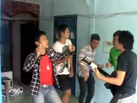 Dangdut Punk Cover (tani Madjoe). video