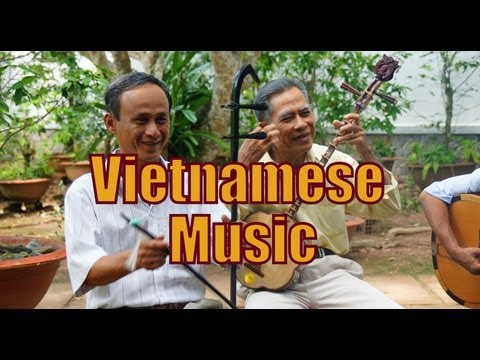 Traditional Vietnamese Singing and Vietnamese Folk Music Live Performance - Mekong Delta, Vietnam