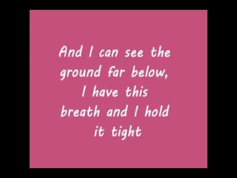 Florence + The Machine - Between Two Lungs Lyrics