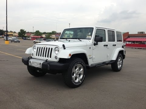 ... Jeep Wrangler Unlimited Sahara 2014 White
