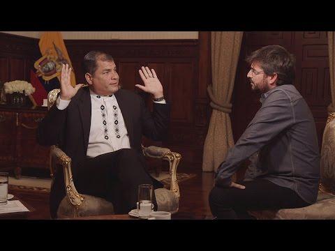 """Rafael Correa: """"Si critican a Hugo Chávez quiere decir que no conocen Latinoamérica"""" - Salvados"""