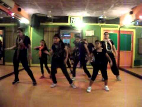 desi boyz subha hone na deDance Performance by Step2Step Dance Studio,9888697158