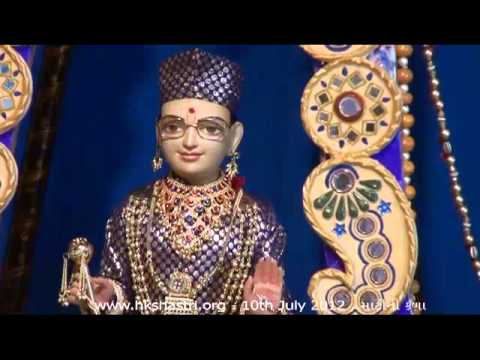 Hkshastri Hindola Darshan Sand Art - 11 July 2012 Shree Swaminarayan Temple, Gandhinagar video