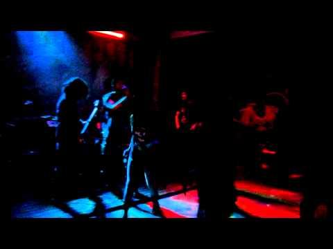 Actitud Positiva - Caos Mundial en vivo San Miguel de Allende