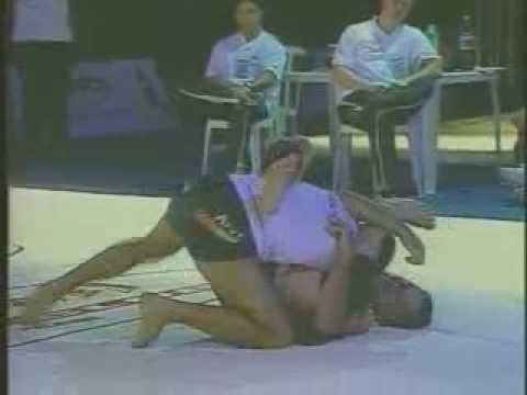 Eddie Bravo vs Royler Gracie (entire match) ADCC 2003 Image 1