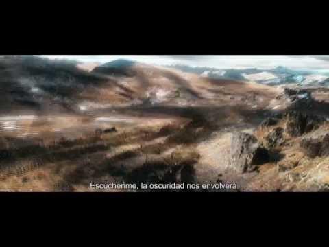 EL HOBBIT: LA BATALLA DE LOS CINCO EJÉRCITOS - La batalla comienza - Ofiicial Warner Bros. Pictures