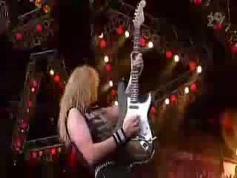 Iron Maiden - Prowler (Ullevi)