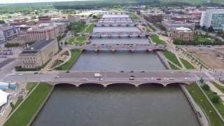 Down Town Des Moines Iowa / River (Drone)