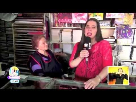 Mercado de Xochimilco: piñatas y papelería