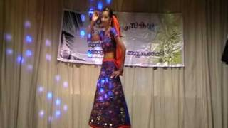 SMCA Onam 2009 - Cinematic Dance by Ananya