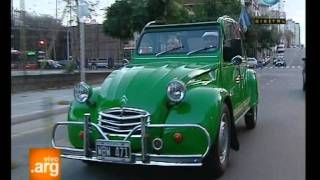 Vivo en Argentina: Curiosidades de Bs. As.: Citroen 3 CV - 11-08-11