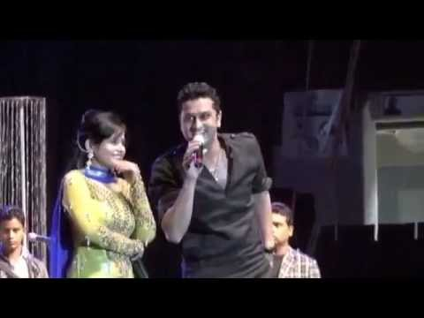 Full Performance Video Miss Pooja Fighting with Roshan Prince...