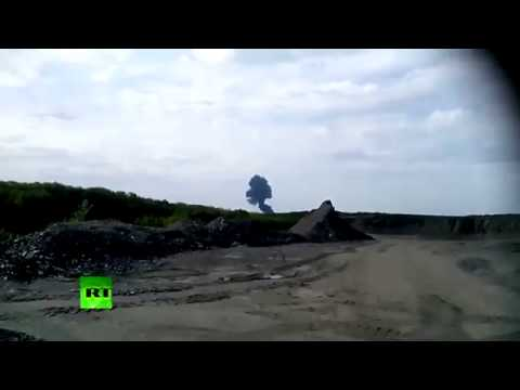 RAW  Moment of MH17 Malaysia Airlines plane crash in Ukraine caught on camera