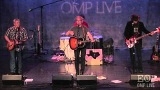 Watch Radney Foster Folding Money video
