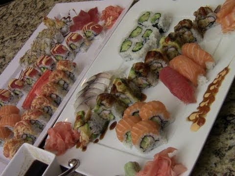 How To Make Delicious Sushi At Home (1/3)