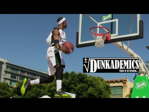 Chris Staples AMAZING Dunk Mix : Dunkademics : Harlem Globetrotter