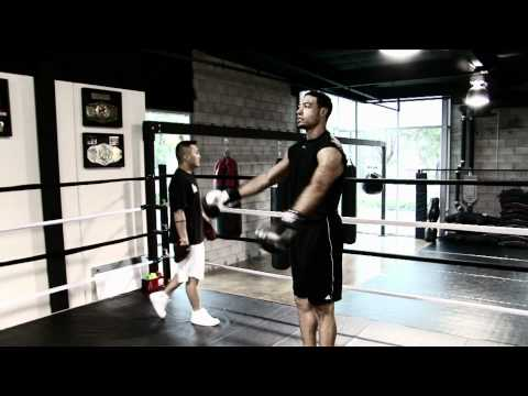 CHARGERS: Vincent Jackson In The Boxing Ring