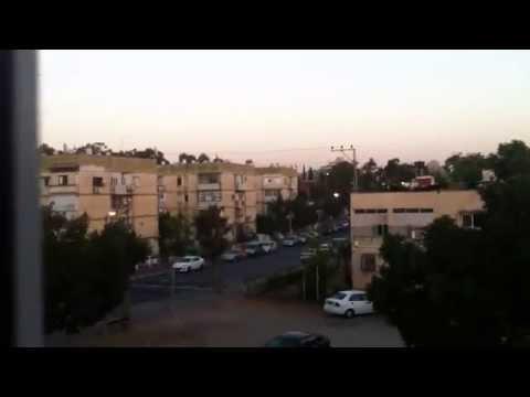 Hamas rocket attack on Tel Aviv day 4 10/07/2014 / רקטות של חמס מעל חולון