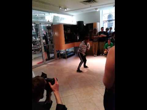 14yo dancing awesome !! Omf