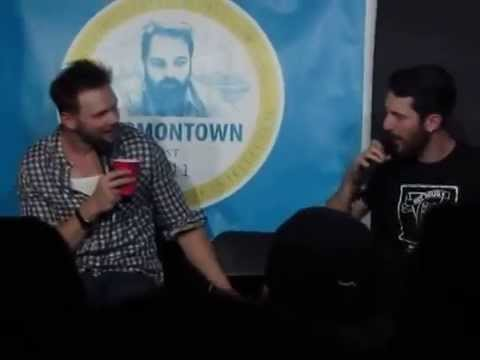 Harmontown 10/26/2014 Joel McHale teaches Duncan Trussell to be mean