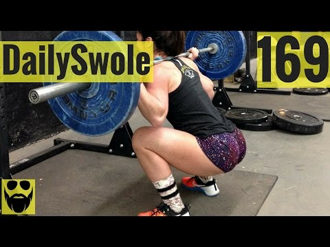 Squats VS Lunges (Which One Is Better?)   Daily Swole 169