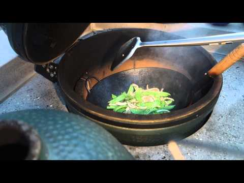 Wok cooking on Big Green Egg