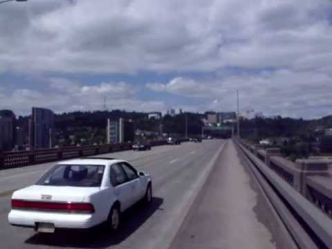 09 06 2011 11.22 AM Scanning PDX from Ross Island Bridge