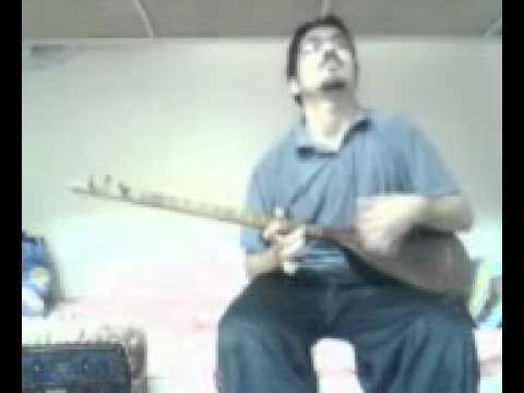 Iran Martyr Kianoush Asa Playing tanbour