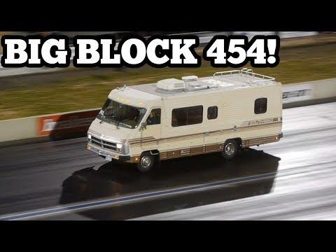 Motorhome Drag Race - Big Block Chevy 454 Quarter Mile