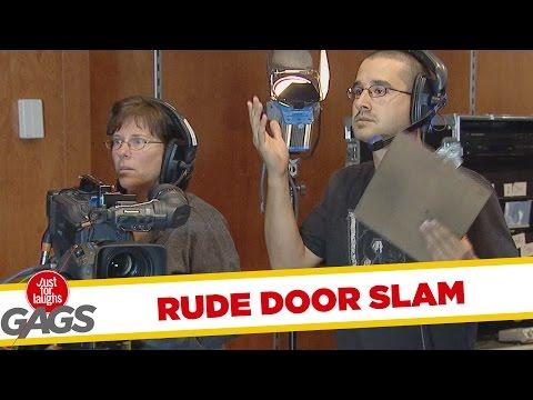 Rude Door Slammers Prank - Becsapódó ajtó