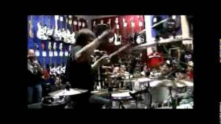 Solo de Bateria com RAY LUZIER do Korn (Drum Solo)