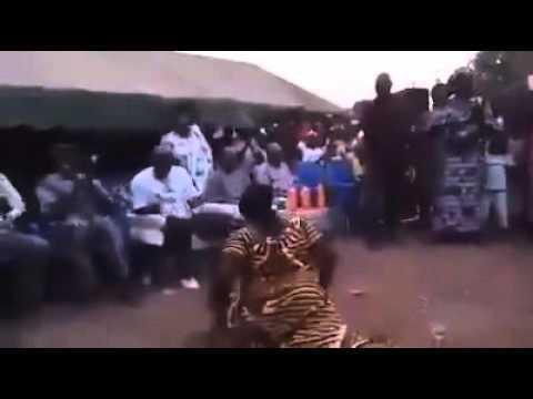 رقص افريقي خطير هههه thumbnail